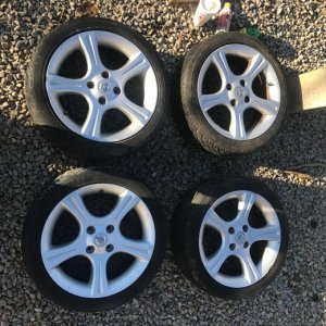 02 Spec V Set of 4 Wheels w Tires (Hancook)
